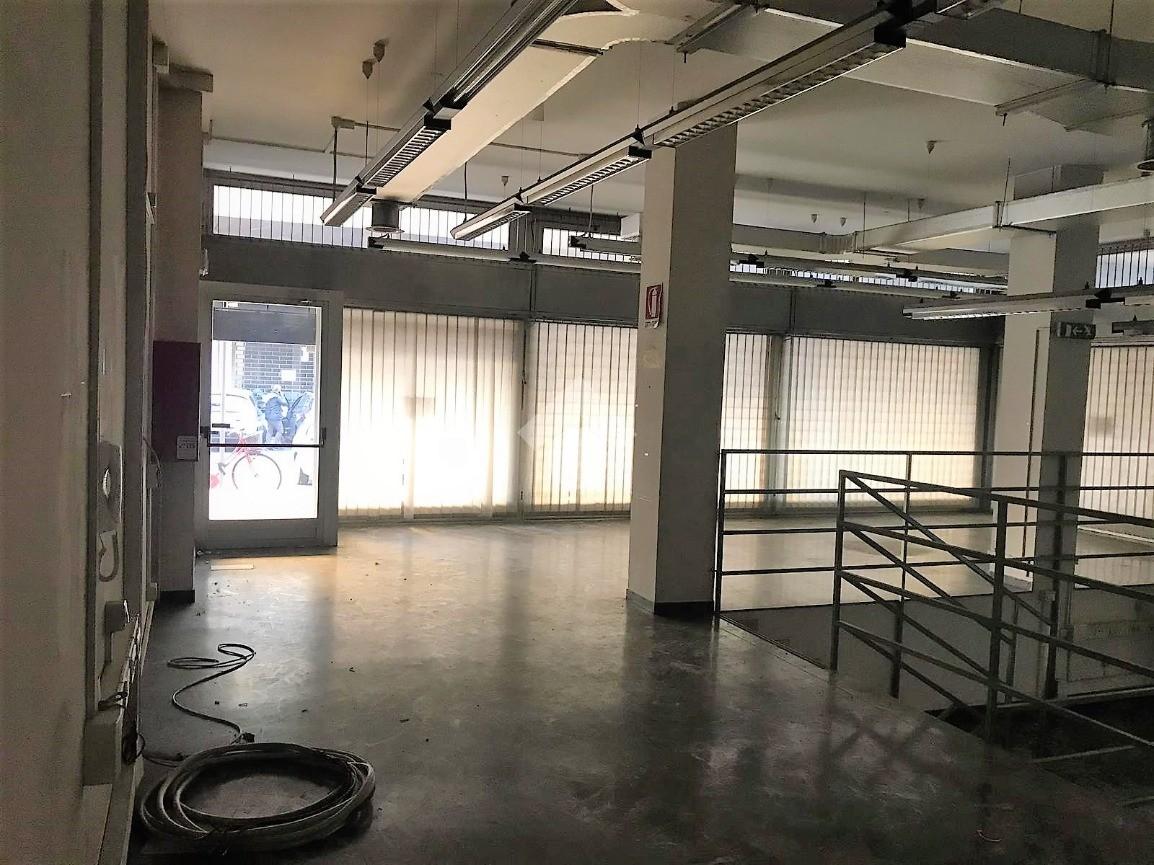 Ufficio in affitto - Ufficio in affitto rif. 40104650 ...