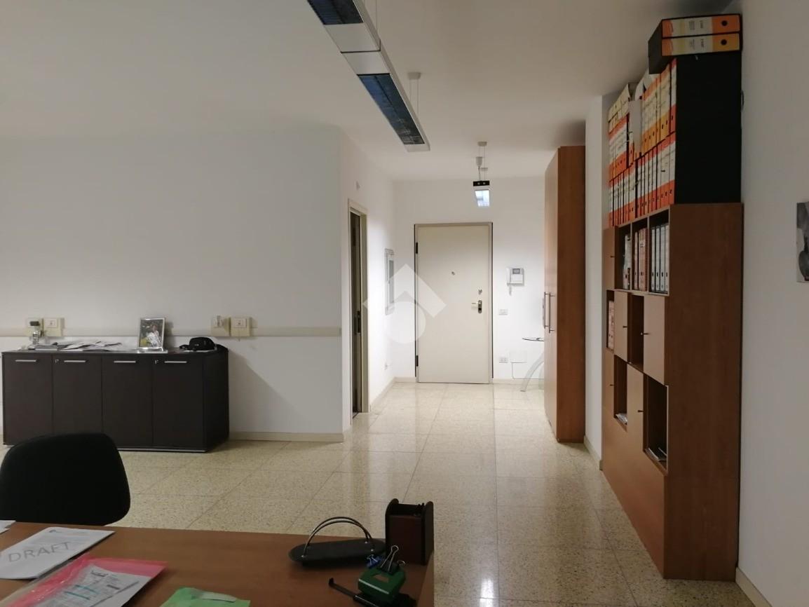 Ufficio in vendita - Ufficio in vendita rif. 40247107 ...