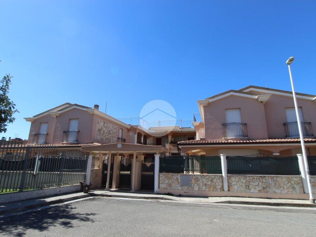 Annuncio Porzione di trifamiliare in vendita, Cagliari ...