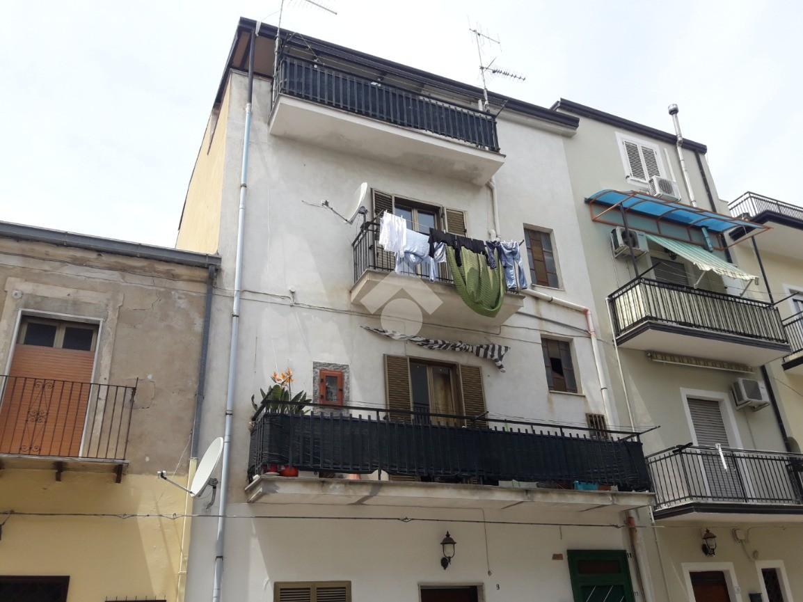 3 locali via venezia, Corigliano calabro - Appartamenti in ...