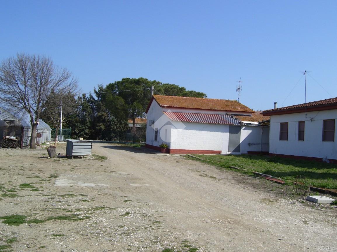 Villa singola in vendita - Ville in vendita rif. 40153924 ...